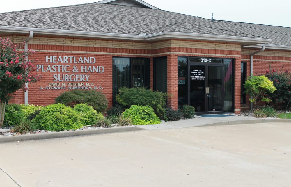 Heartland Plastic & Hand Surgery: 319 S Silver Springs Rd, Cape Girardeau, MO