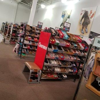 c5493e12a089 DSW Designer Shoe Warehouse - 26 Photos   24 Reviews - Shoe Stores ...