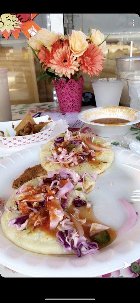 El Michoacano Restaurant: 7315 Pacific Blvd, Huntington Park, CA