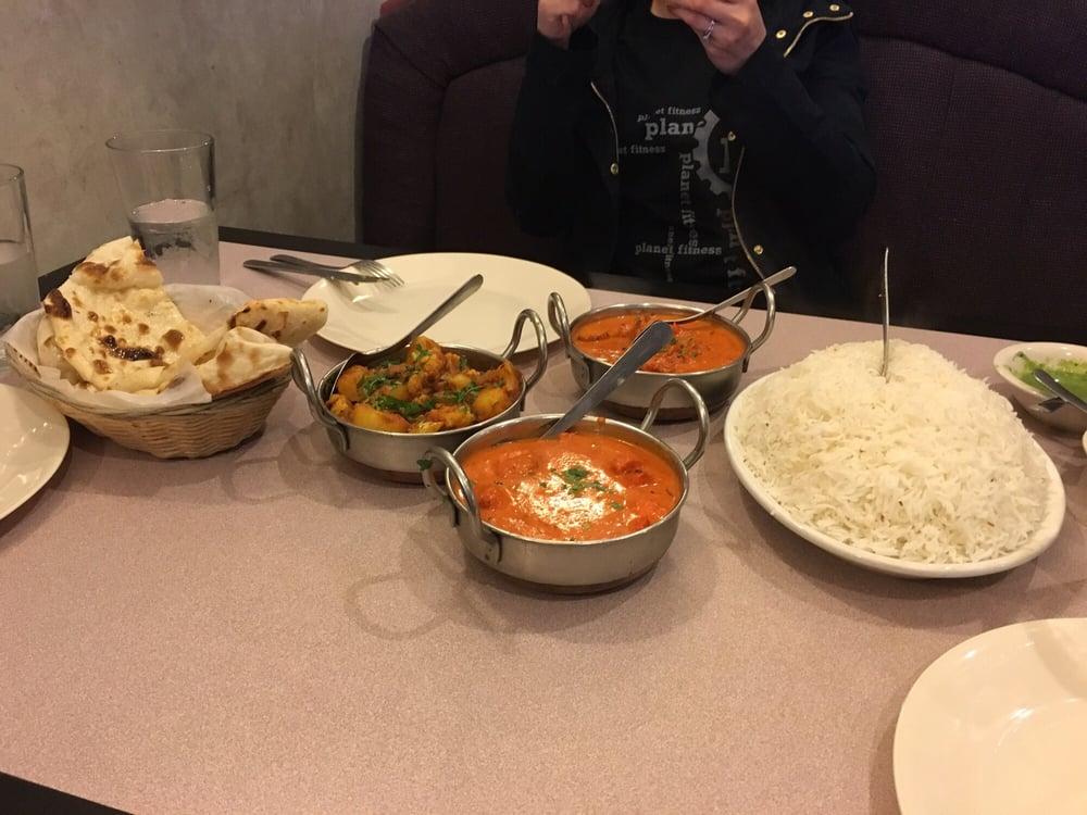 Sindhu indian cuisine 10 billeder 87 anmeldelser for Atithi indian cuisine mi