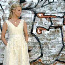 Schone Kleider Susanne Sixtus 22 Fotos Brautmode