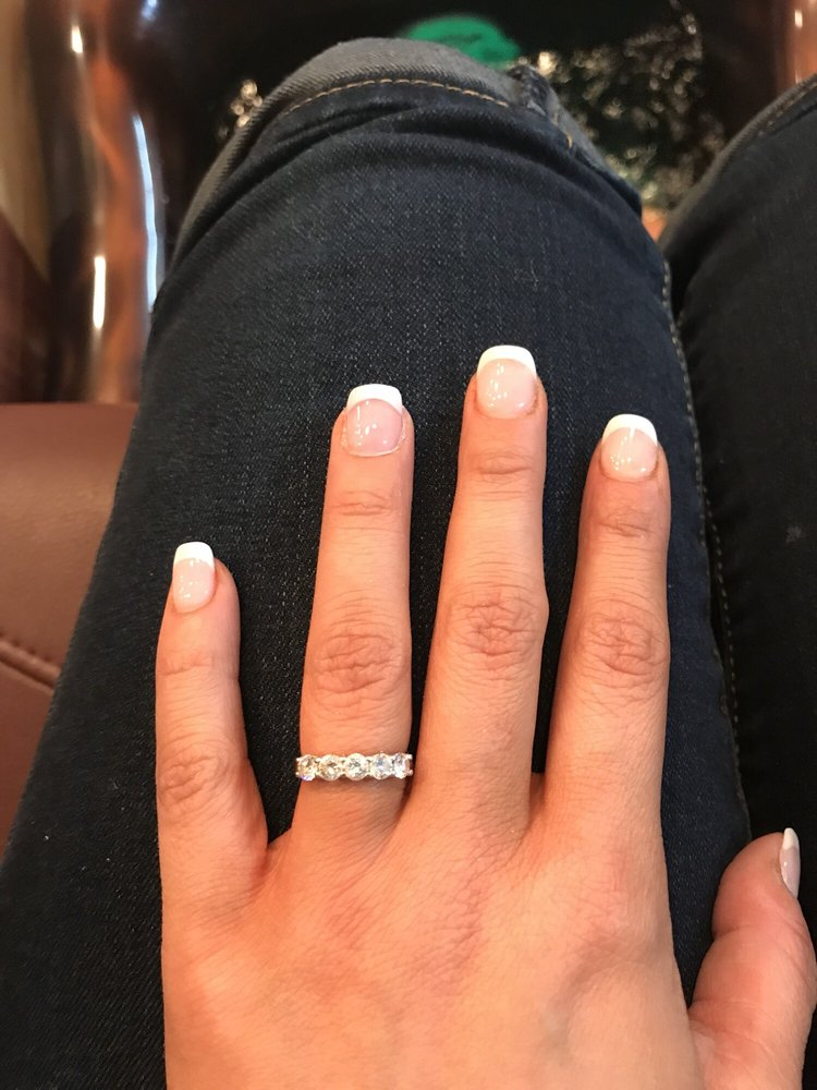 Lovely Nails - Nail Salons - 107 Steamboat Bend Plz, Hannibal, MO ...