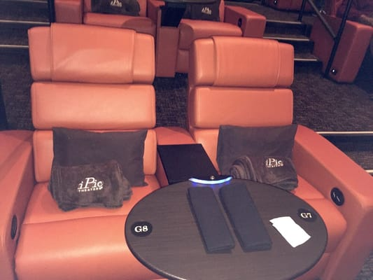 Ipic Theaters 213 Photos Bars North Bethesda Md