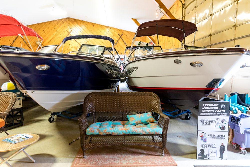 Gagnon's Boats & Motors: 189 Park St, Livermore Falls, ME