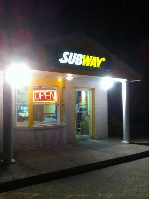 Subway: 40548 Nc Highway 12, Avon, NC