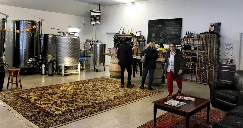 Galway Rock Vineyard and Winery: 998 Saratoga Rd, Ballston Lake, NY