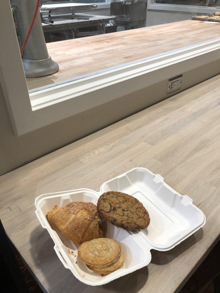 One House Bakery: 918 1st St, Benicia, CA