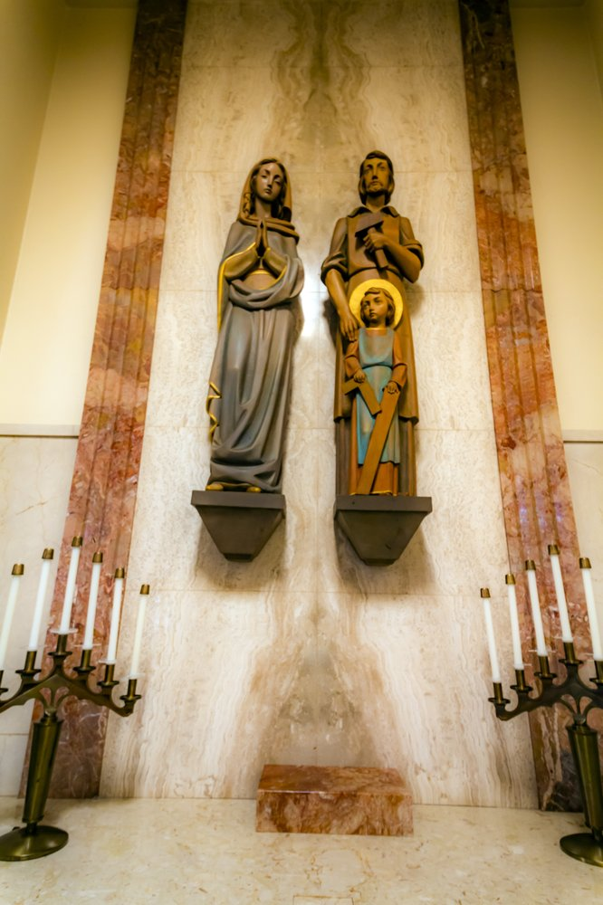 Sacred Heart Church of Coronado: 655 C Ave, Coronado, CA