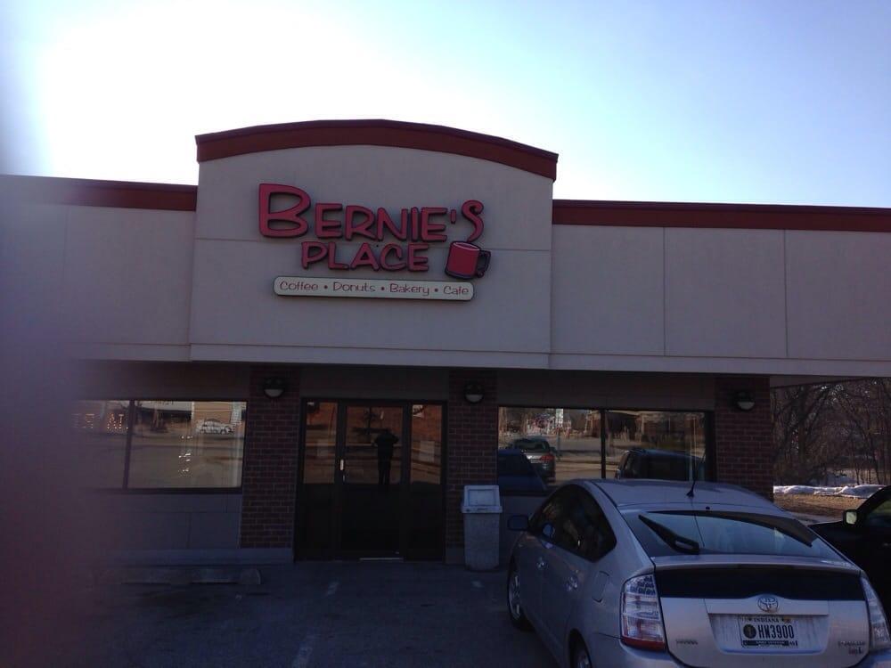 Bernie's Place: 219 N Michigan Ave, Big Rapids, MI