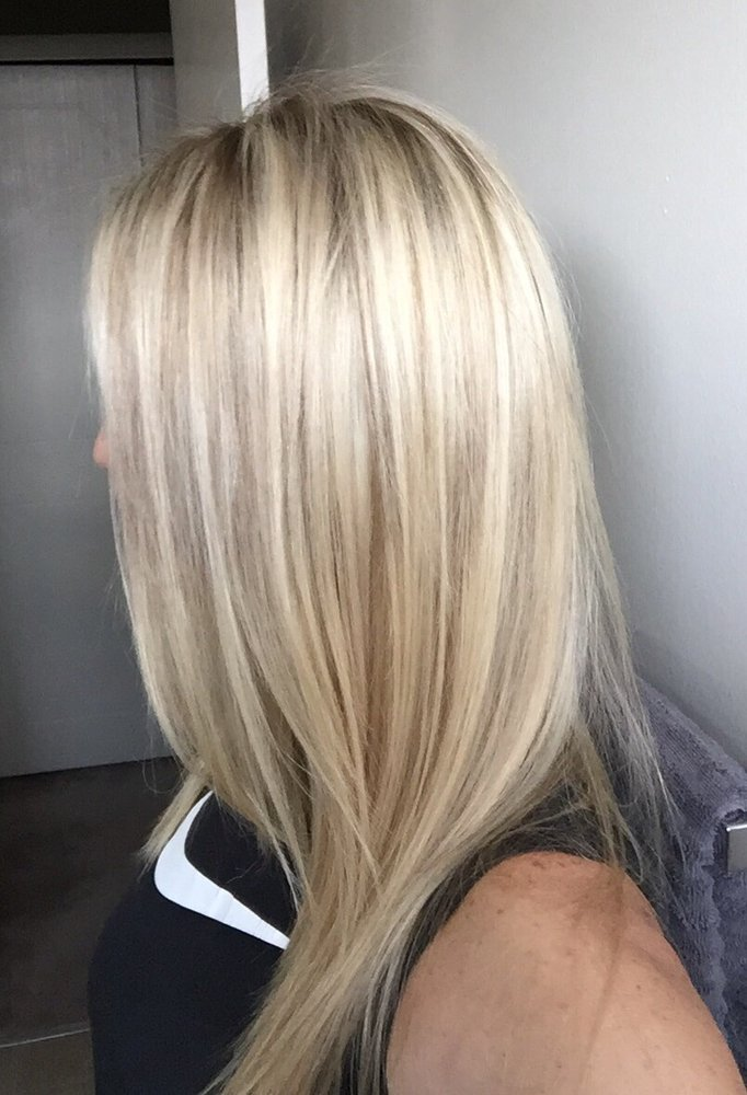 Love My Blonde Highlights And Cool Shadow Roots By Jeanette The