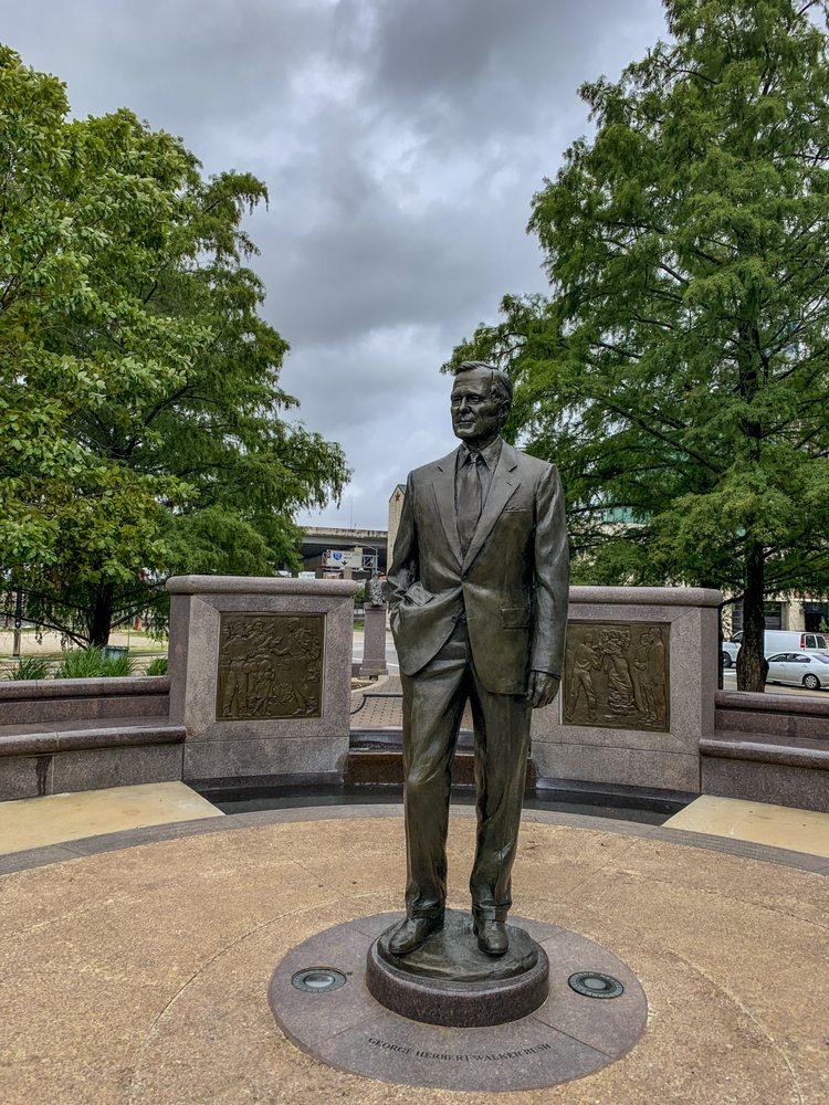 George H. W. Bush Monument: Sesquicentennial Park, Houston, TX