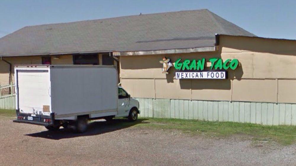 Gran Taco: 300 Cherry St, Marks, MS