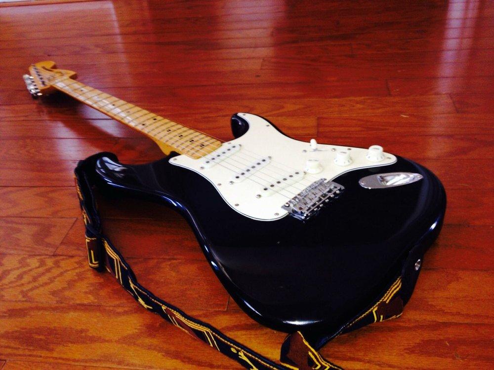 DFW Guitars