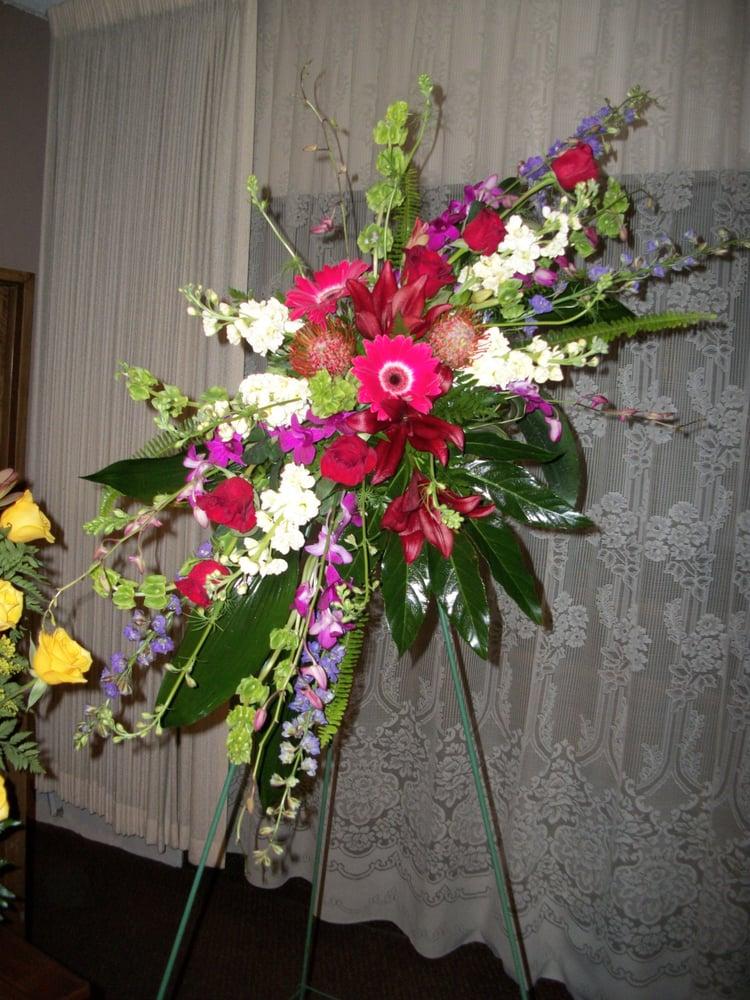 Kathy's Flower Boutique: 2806 S 8600th W, Magna, UT
