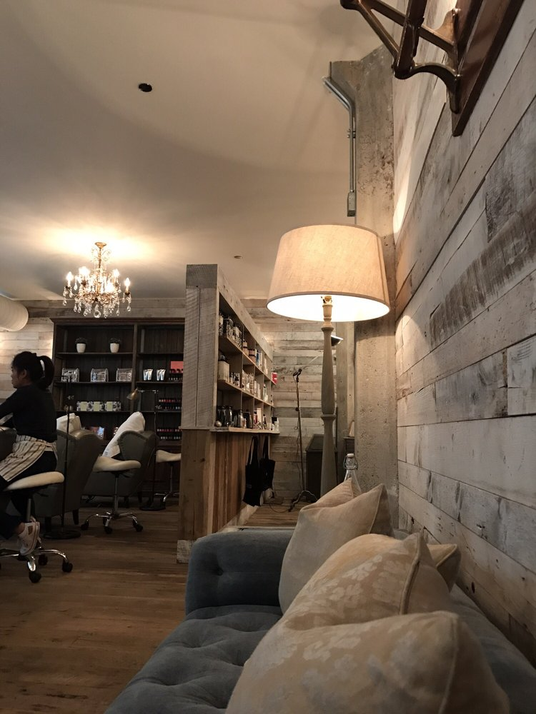 Cowshed Spa Chicago: 113-125 N Green St, Chicago, IL