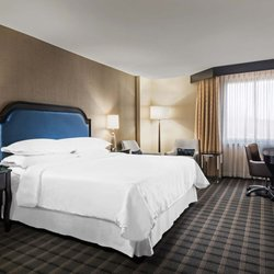 Photo Of Sheraton Charlotte Airport Hotel Nc United States Traditional King