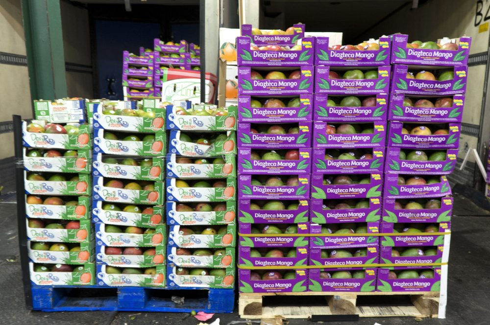 Hunts Point Produce Market: 772 Edgewater Rd, Bronx, NY