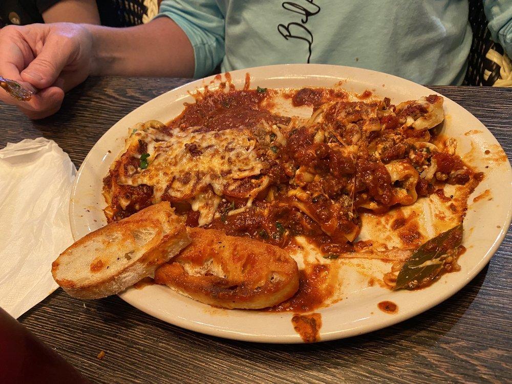 Salvatori's Authentic Italian Eatery- Fort Wayne North: 717 W Washington Ctr Rd, Fort Wayne, IN