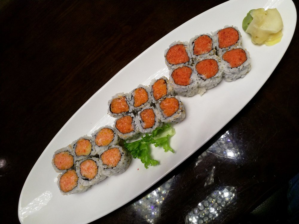 Fuji Sushi & Steakhouse: 2576 Crossing Cir, Traverse City, MI
