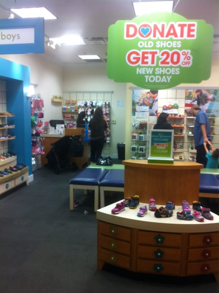 Shoe Stores In Fresno