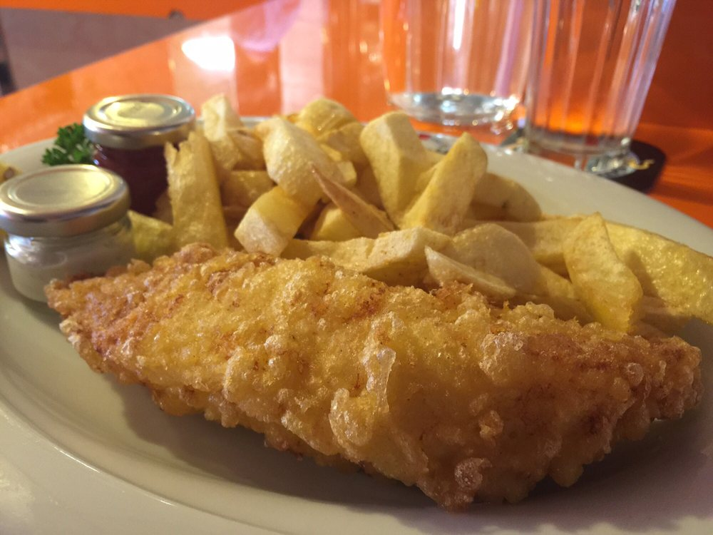 Poppie s 10 photos fish chips 55 old compton for Fish plates near me