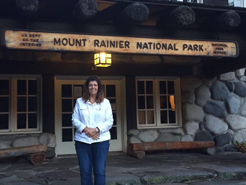 Mt Rainier Visitor Association: 30416 State Rte 706 E, Ashford, WA
