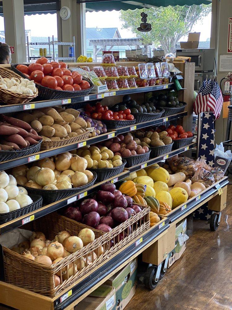 Mendocino Village Pharmacy: 10501 Lansing St, Mendocino, CA