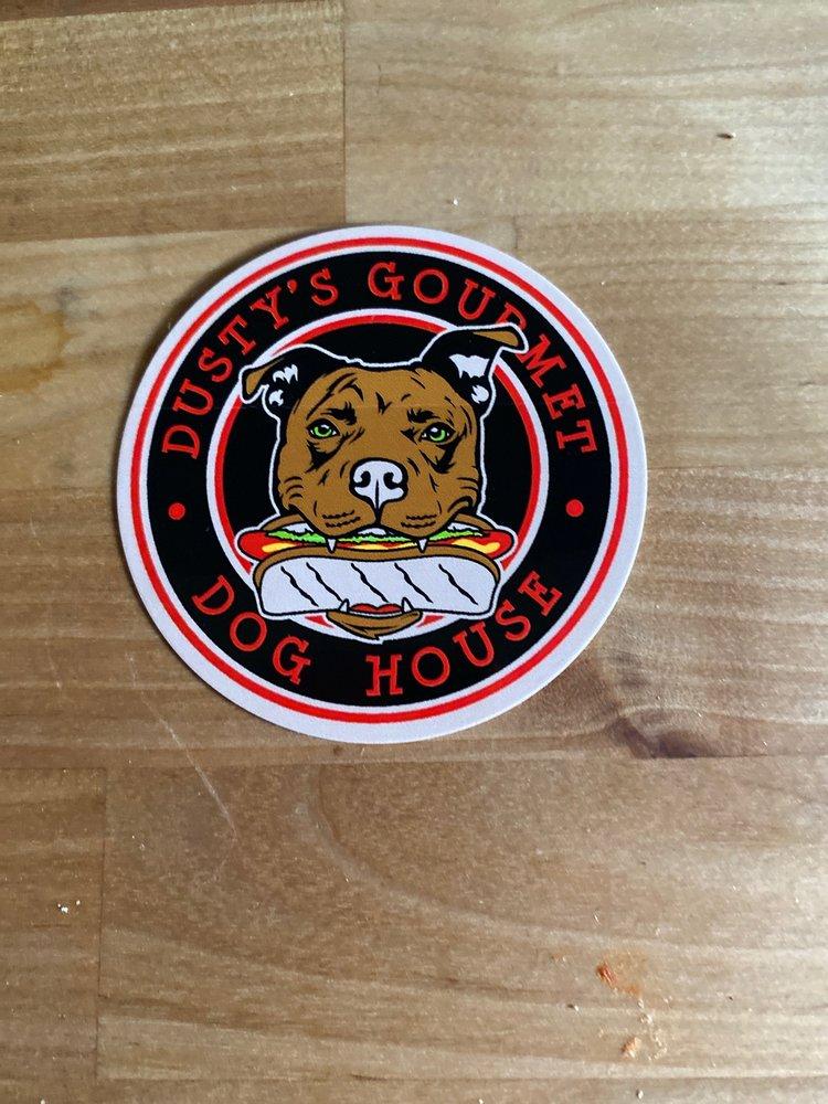 Dusty's Gourmet Dog House: St. Ignace, MI