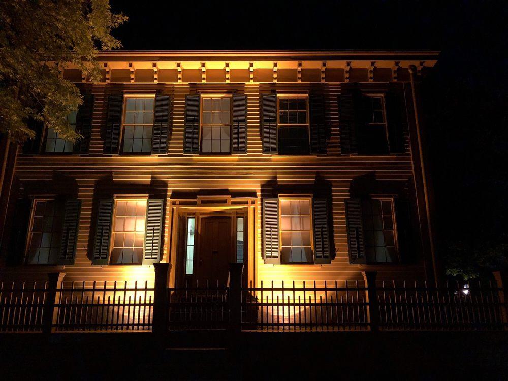 President Abraham Lincoln Springfield: 701 E Adams Street, Springfield, IL