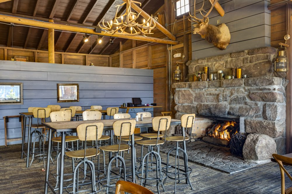 Huntington House Tavern: 15500 US-34, Grand Lake, CO