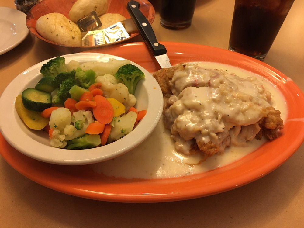 Chad Anthony's Italian Grille: 4698 Belmont Ave, Youngstown, OH
