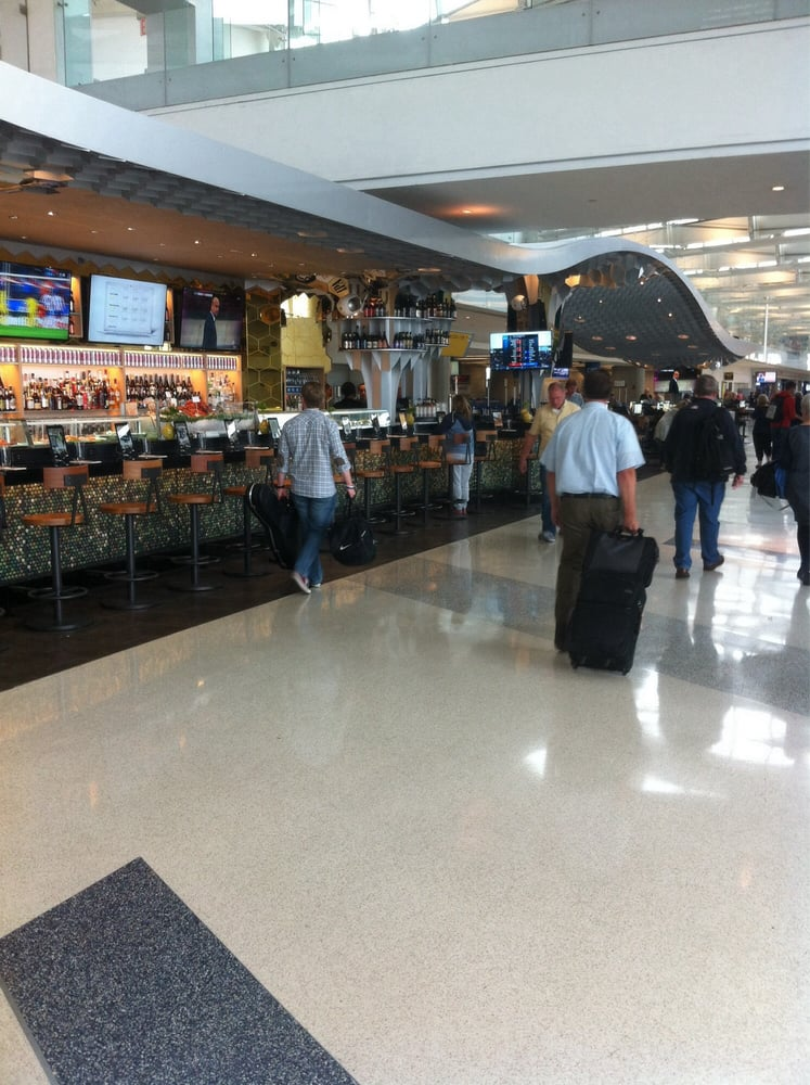 how to change terminals at newark airport