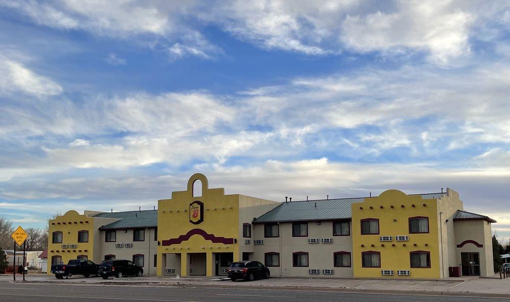 Super 8 by Wyndham Fort Sumner: 1599 E Sumner Ave, Fort Sumner, NM