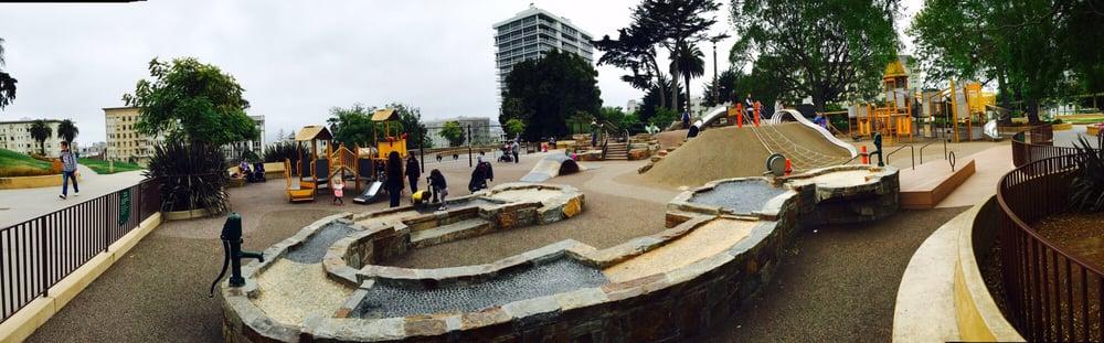 Lafayette Park Apartments: 2135 Sacramento St, San Francisco, CA