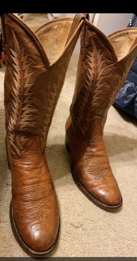BZ's Boot & Shoe Repair: 3404 Bosque Blvd, Waco, TX