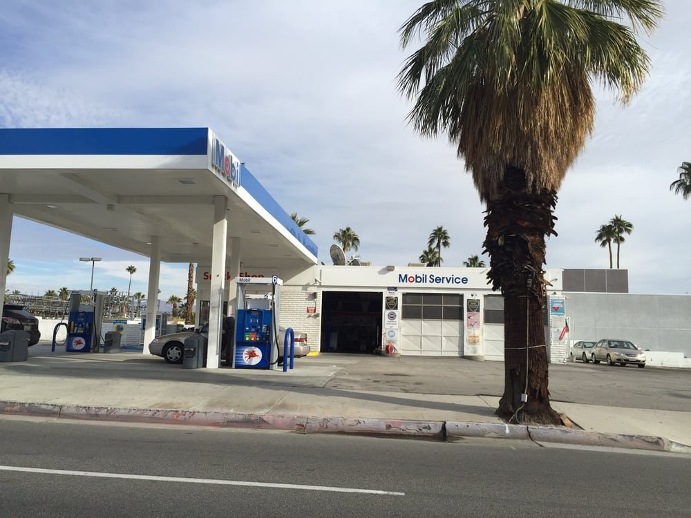 Exxon Mobil Corporation - 11 Reviews - Gas Stations - 1708 N Palm ...