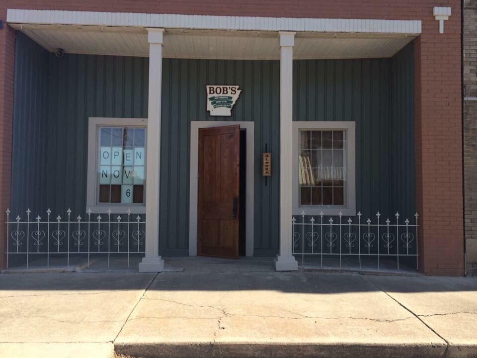 Bob's Antiques: 113 South Elm St, Hope, AR