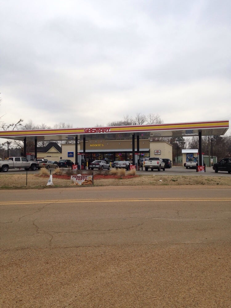 Gas Mart: 8368 Hwy 7 S, Holcomb, MS