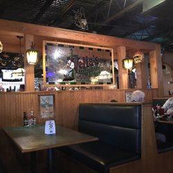 Photo Of Vella S Restaurant Tavern Cayce Sc United States Inside