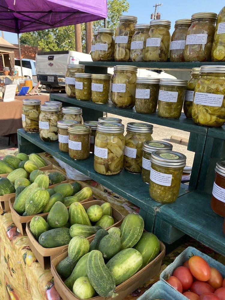 Athens Farmer's Market: 212 N Palestine St, Athens, TX