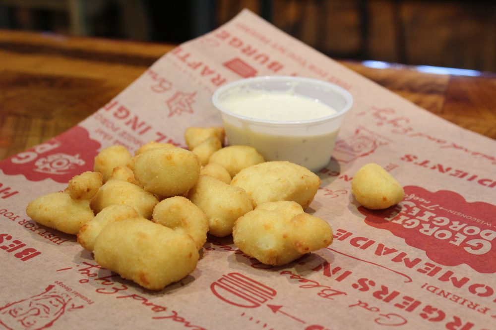 Georgie Porgie's Treefort Restaurant: 9555 S Howell Ave, Oak Creek, WI
