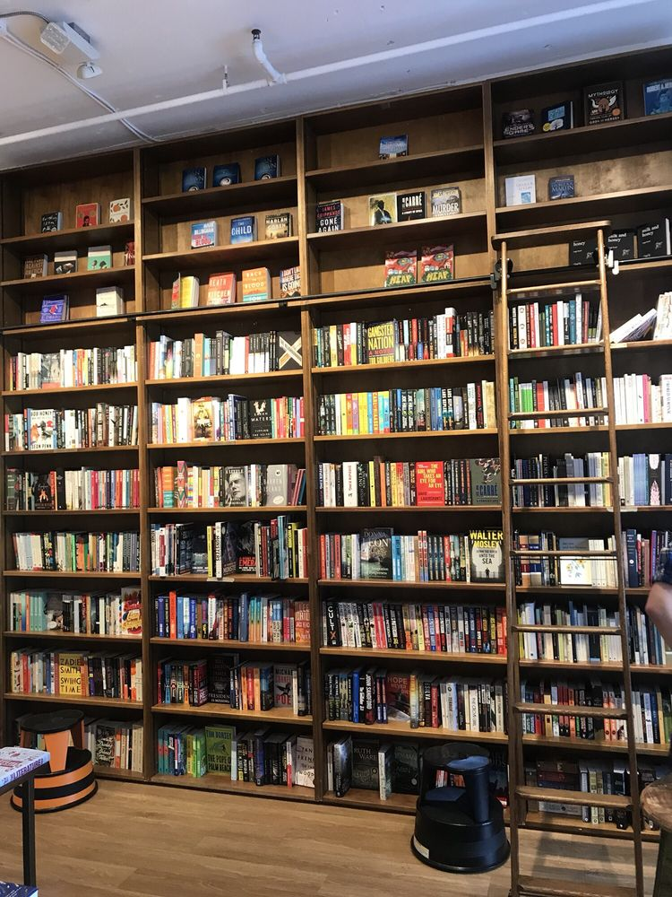 Books & Books: 3409 Main Hwy, Coconut Grove, FL