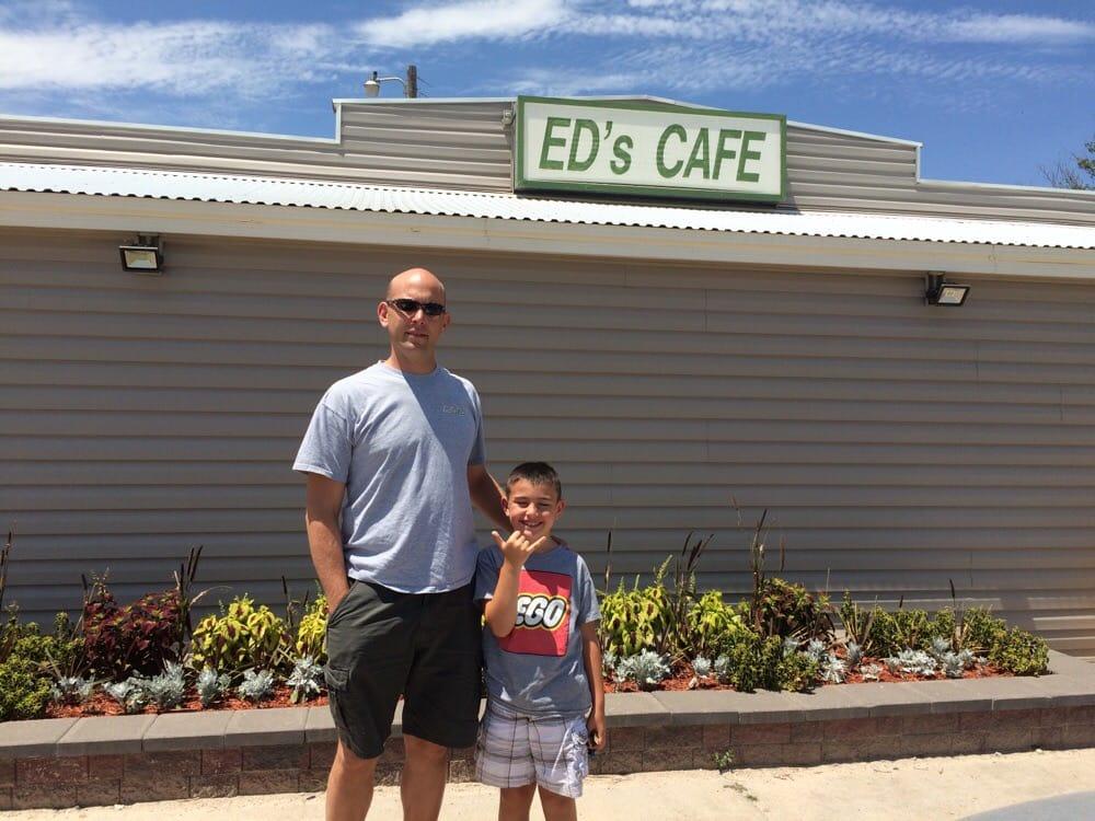 Eds Cafe: 1325 S Main, Shattuck, OK