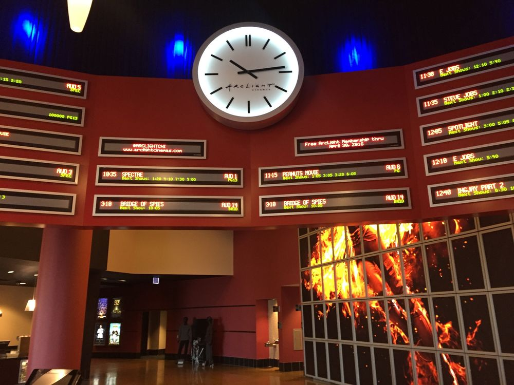 ArcLight Cinemas: 1500 N Clybourn Ave, Chicago, IL