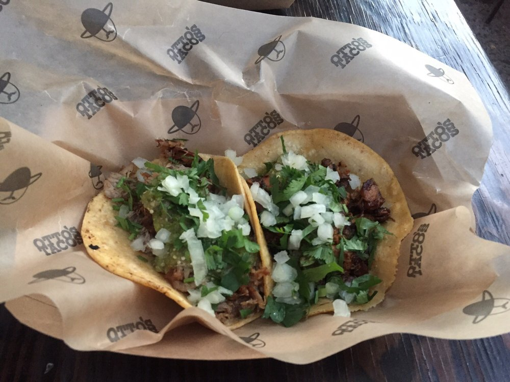 Food from Otto's Tacos