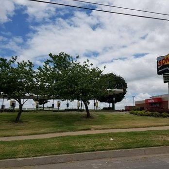 Photo Of Sonic Drive In Tulsa Ok United States Hedgehog