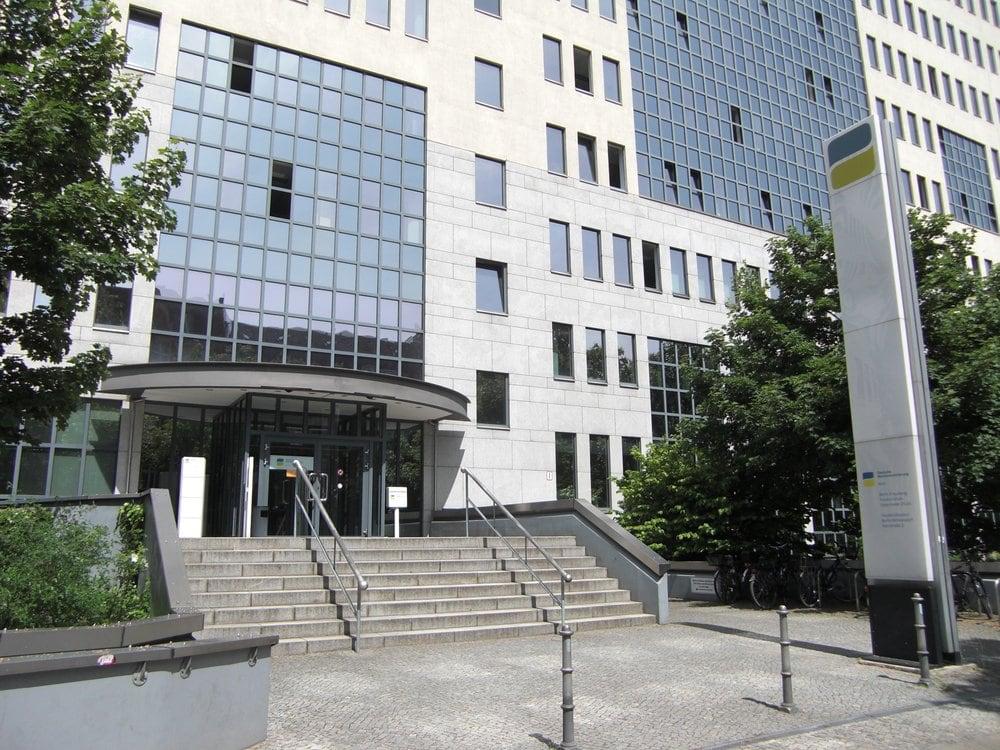 deutsche rentenversicherung bund versicherung ruhrstr 2 wilmersdorf berlin. Black Bedroom Furniture Sets. Home Design Ideas