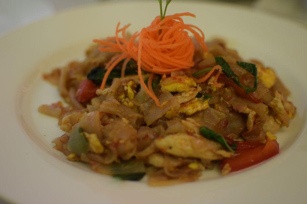 D Thai Kitchen