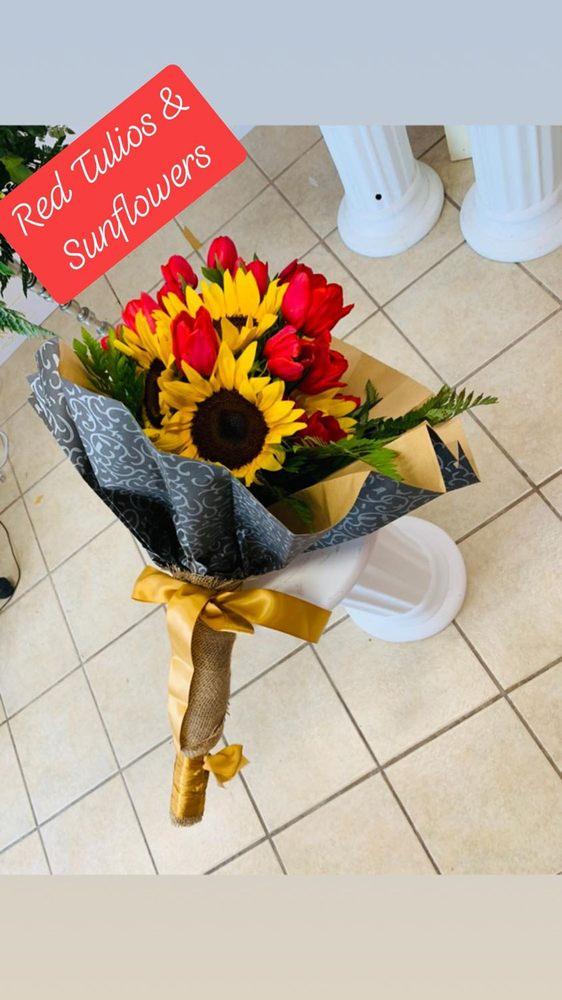 Royalty Roses: 320 W Harrison Ave, Harlingen, TX