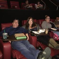Galaxy Theatre 77 Photos 226 Reviews Cinemas 2525